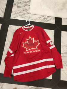 Team Canada Jersey SIZE L