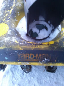 "YARDMAN 20"" Gas Snowblower"