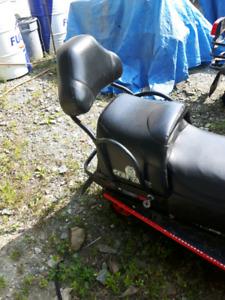 Seat jack banc de motoneige
