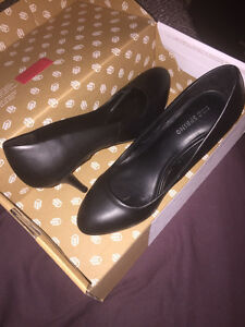 "Size 7 Call It Spring ""QEWEN"" Basic Black 3 inch High Heel Shoes"