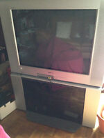 A donner - tv Sony 32po et support