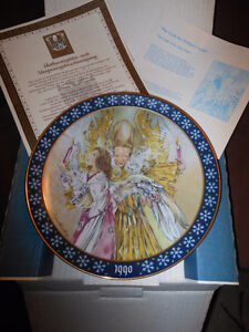 """""""The Light of the Holy Night"""" collector plate."""