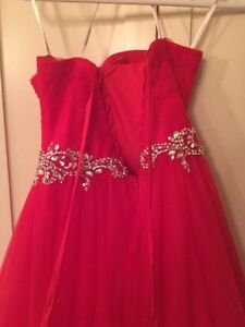 Beautiful red Prom dress worn once