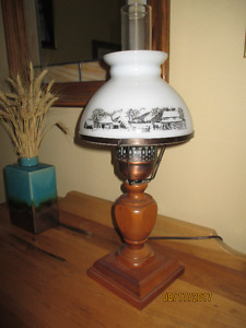 Vintage Courier & Ives Table Lamp