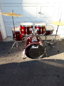 5 pc. Pearl Target drums, Sabian Cymbals, Hardware