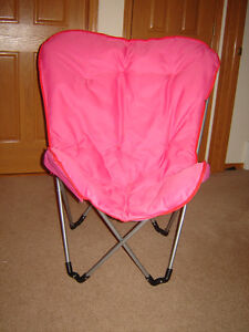 Foldable Padded Butterfly Chair