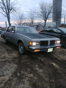 1980 Oldsmobile Delta 88 Royal CLEAN AND FUN