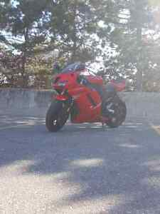 2007 Kawasaki Ninja ZX6R *Priced for quick sale, must see*