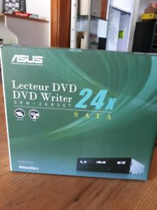 Lecteur DVD 24X sata à vendre