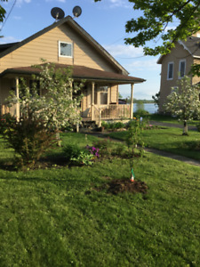Beautiful WATERFRONT Home on the St.Lawrence River$298 . 500