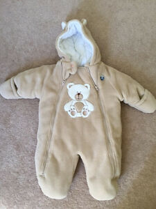 Safety 1st Baby snow suit