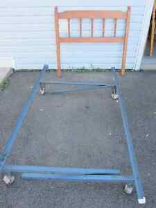 Bed frame adjustable size and headboard