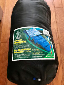 Woods Sleeping Bag - Flannel Lining and to 0°C  Reg $65