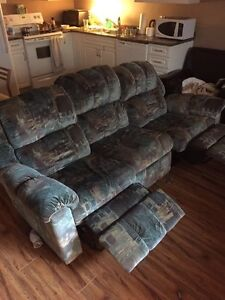 Free free free! Futon and couch