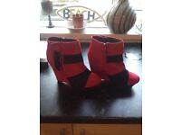 Ladies shoes size 5 as new