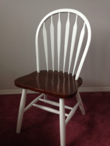 wooden spindle chair