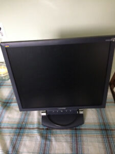 20 inch Monitor Screen