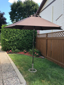 Sun umbrella with stand -  parasol avec support
