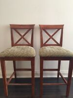 Beautiful Breakfast Bar Chairs for Sale