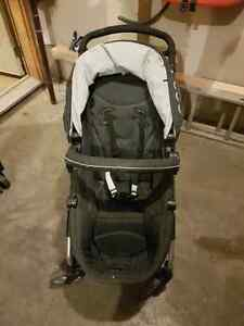 Beautiful I'coo dark grey and black stroller with bassinet  Cambridge Kitchener Area image 1