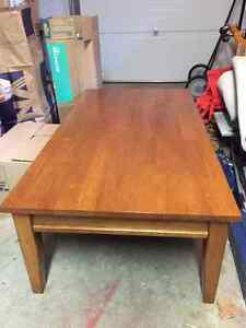 Wood Coffee and two end tables set Cambridge Kitchener Area image 4