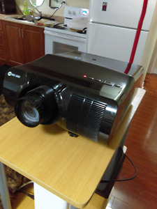 Haus Audio 1080P projector for TV