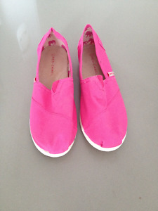 Chaussures Rose  Style ** Toms **  Style Pink Shoes