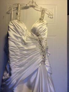 Beautiful Wedding gown Kitchener / Waterloo Kitchener Area image 1