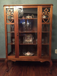1920's Queen Anne solid walnut china cabinet