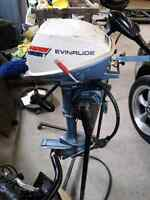 4 hp evinrude motor comes with tank and hoses
