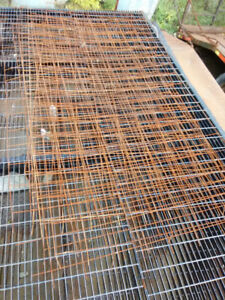 4' X 8' steel wire mesh 8 pcs.  for Concrete or fencing rusty