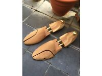 UK8 Cedar-wood Shoe Trees