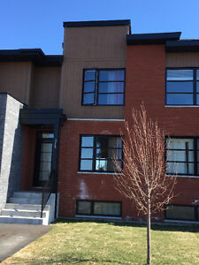 town house a louer Vaudreuil