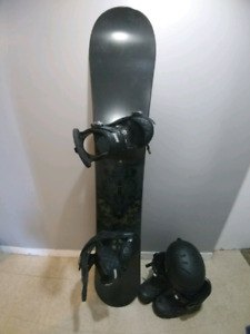 Capita Snowboard 156cm (used but great shape), boots & helme