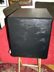 Paradigm Home Theatre PS Series Powered Subwoofer