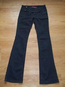 Pantalons pour femmes