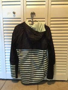 Like New Lululemon Jacket - Mint and Grey in Colour Kitchener / Waterloo Kitchener Area image 2