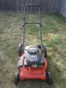 Lawn Mower – Kohler Courage XT-6 Ariens with bag