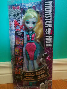 Welcome to Monster High Lagoona Dance the Fright Away Doll