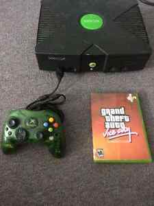 Original XBOX with Grand Theft Auto: Vice City and 1 Controller