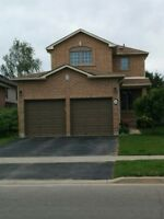 SOUTH BARRIE BEAUTY!..FULLY DETACHED 3BEDROOM/FINISHED BASEMENT!