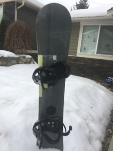 47e880912b49 Snowboard and Boots for sale