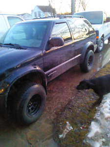 Looking for set of 5 mud tires 30""