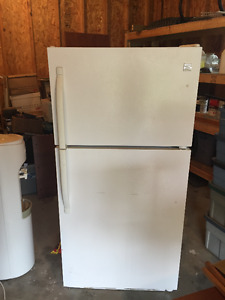 Apartment-Size Fridge - Perfect Working Condition