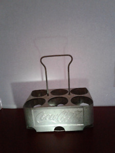 Vintage metal 1950's Coca Cola 6-pack Bottle Caddy Carrier