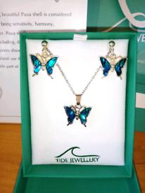 Tide jewellery Paua shell butterfly earrings and necklace set