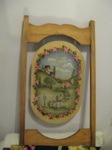 LARGE WOOD TOLE PAINTED  DOOR HANGING ( BIRD HOUSES )