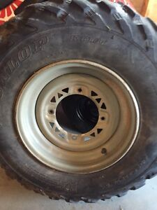 Poalris rims and tires