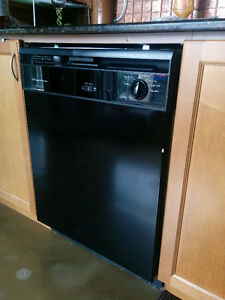 Black dishwasher in great shape- needs inexpensive water inlet