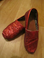 Toms - Shiny Red Size 2